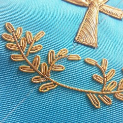Symboles et signes maçonniques, rite Memphis Misraim, croix d'Ankh, oeil d'Orus, équerre compas et acacia. Décors FM