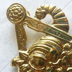 Bijou  de loge maçonnique, officier maître des banquets, doré or fin  24, décors, symboles maçonniques, doré, sautoir, cadeaux