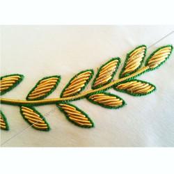 Décors maçonniques, tablier de vénérable du rite français traditionnel, branche d'acacia brodée au fil d'or, cadeaux FM