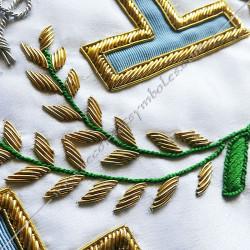Décors maçonniques, tablier de vénérable du rite français traditionnel, colonnes, branche d' acacia, taus brodés au fil d'or