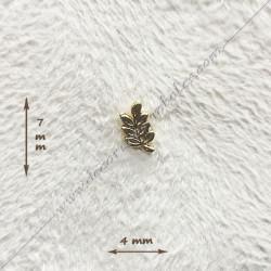 Mini pin's acacia doré à l'or fin. Décors, symboles et signes maçonniques. Accessoires, bijoux de franc maçonnerie