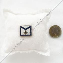 pin's tablier maçonnique. Décors, symboles et signes maçonniques. Bijoux de franc maçonnerie