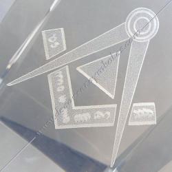 YMC100-Cube-maconnique-verre-grave-equerre-compas-cadeaux-décors-franc-maconnerie-symboles-décoration-fm-incrustation