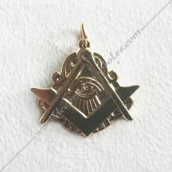 FGK630- pendentif oeil equerre compas, bijou maconnique or, décors et cadeaux de franc maconnerie, symboles et signes FM