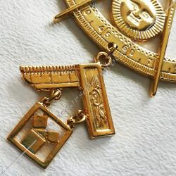 FGK181-bijou-maconnique-venerable-passe-maitre-installé-rites-rituels-ros-decors-franc-maconnerie-fm-oitar-cadeaux