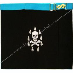 Tablier de maitre, rite français, dos noir, ceinture, tête de mort, gants, poche, qualité, accessoires, décors, franc maçonnerie