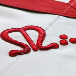 tablier de maitre, REAA, symboles M et B, décors maçonniques, lac d'amour, étoile, satin blanc, FM, cadeaux