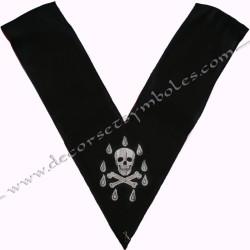 dos noir, crane, sautoir officier, bijoux de loges, or, rite français, décors maçonniques, franc maçonnerie, 1er surveillant