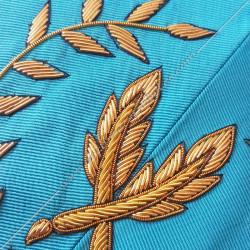 Secrétaire, sautoir du REAA décors maçonniques, broderies, bijoux or, acacia, franc maçonnerie